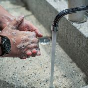 lavarse manos covid19